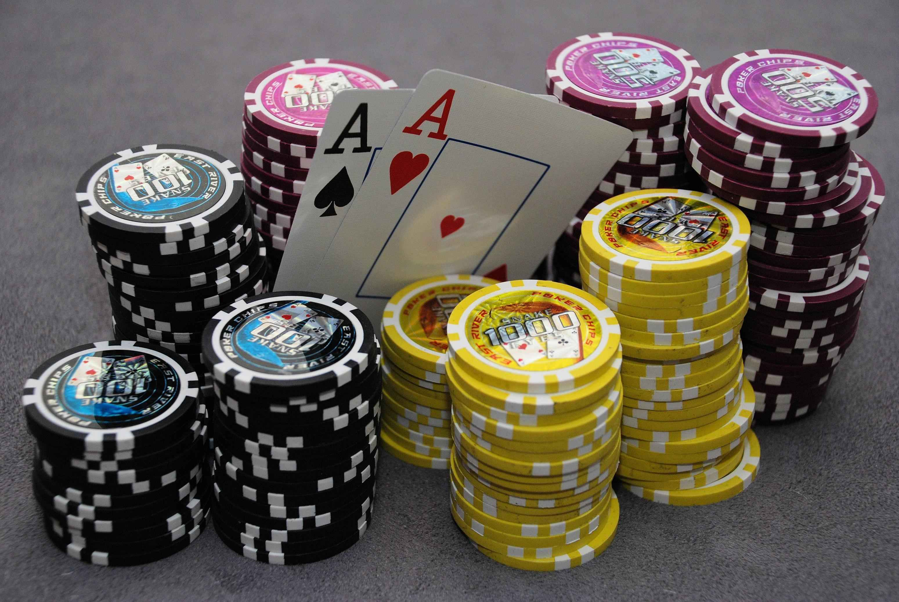 Printed poker cloth